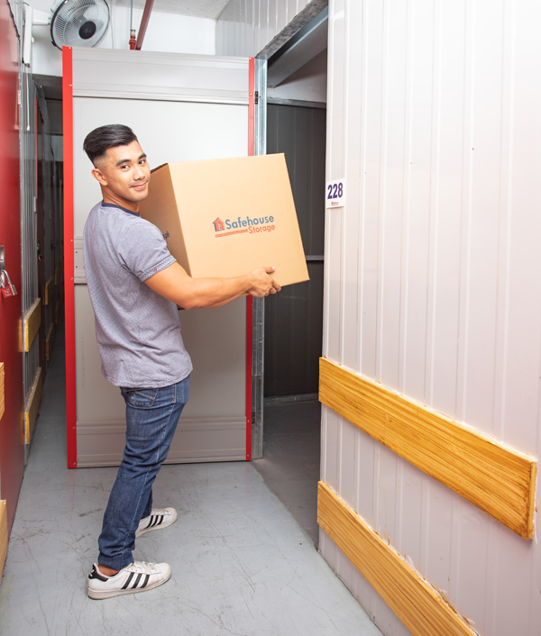 In-House Auction Services   Safehouse Storage